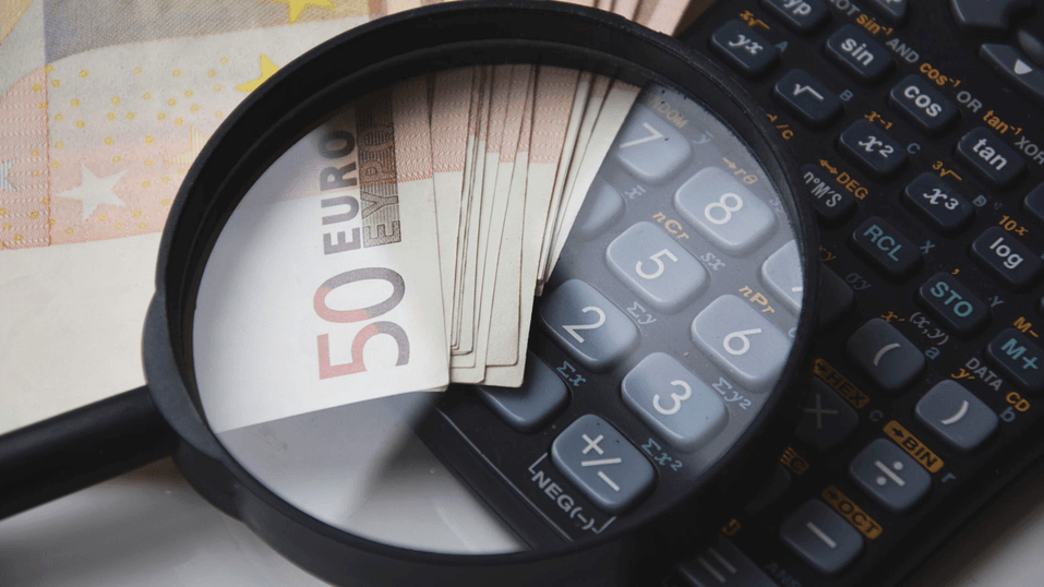 заплата, пари, въпрос