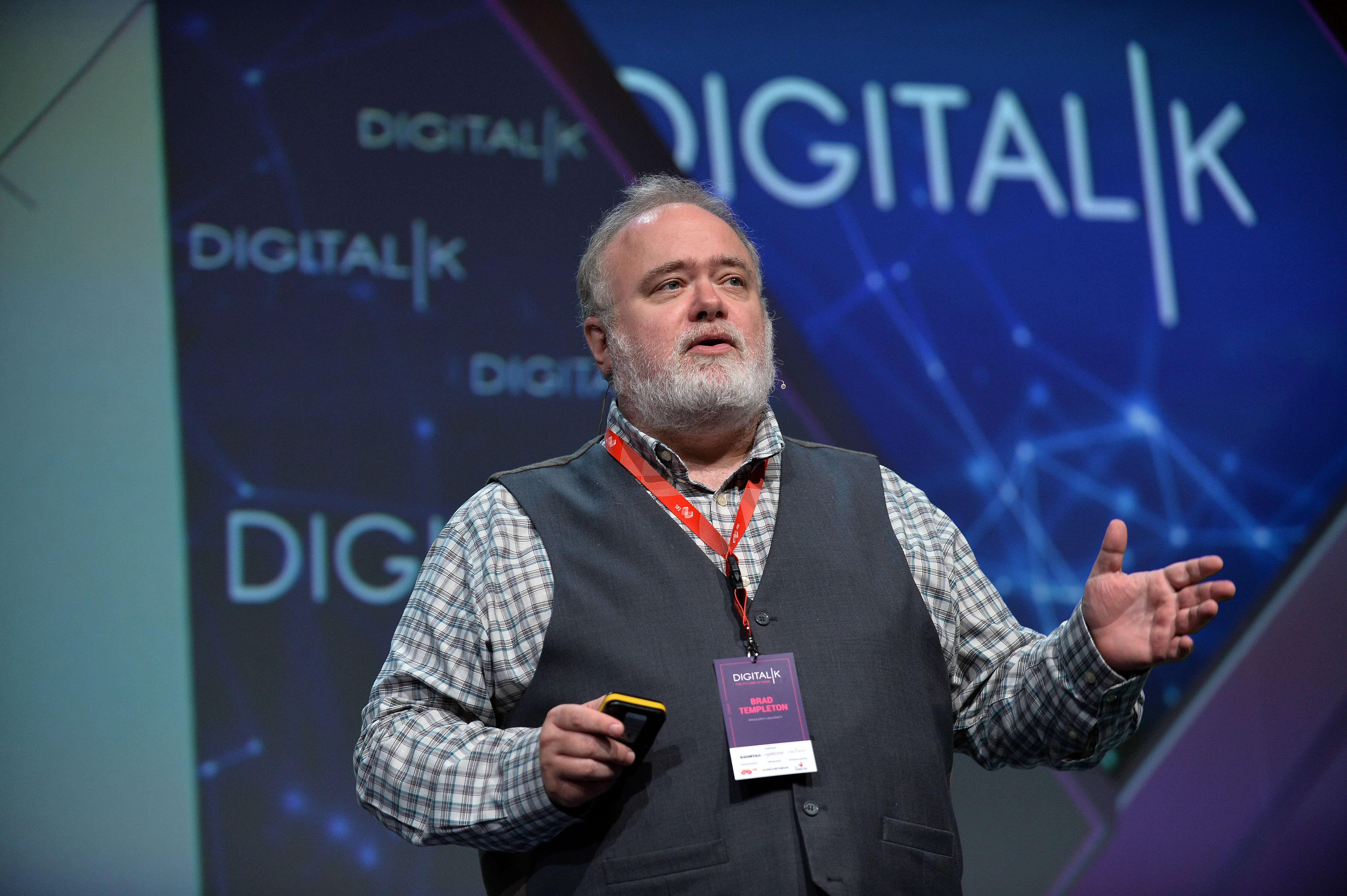 digitalk, capital