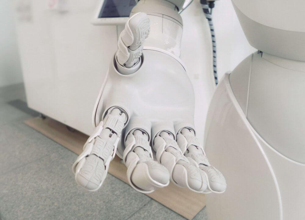 Tech of Tomorrow Интелект означава да носи отговорност