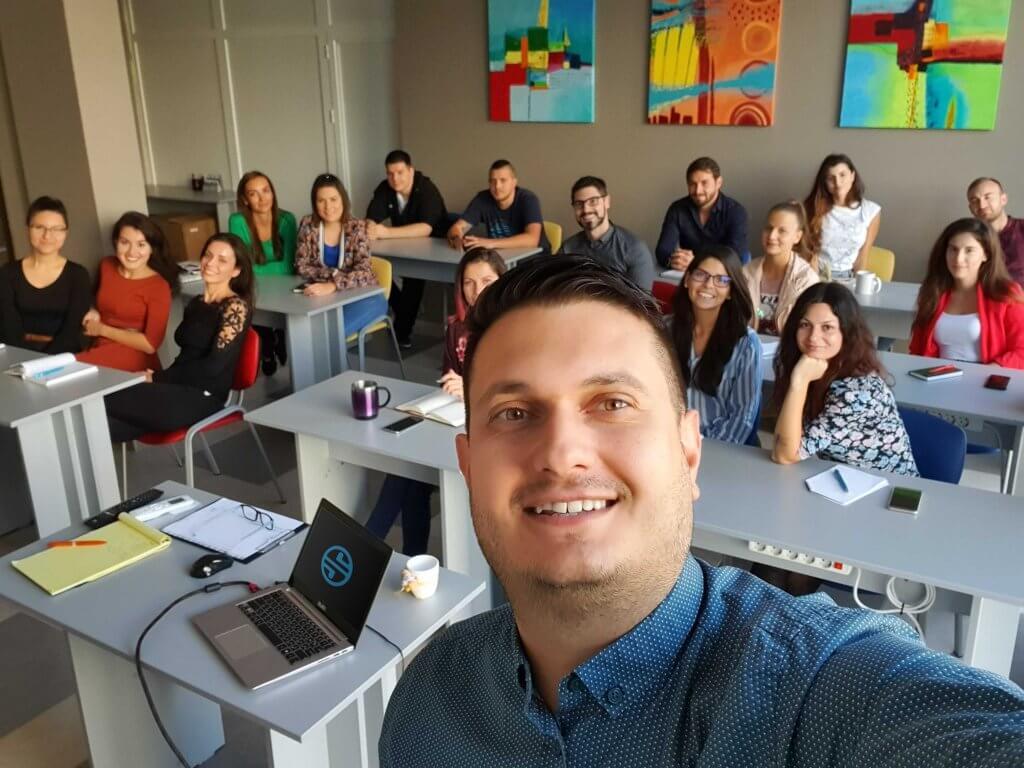 Любомир Атанасов от SEOMAX води курсове по SEO оптимизация