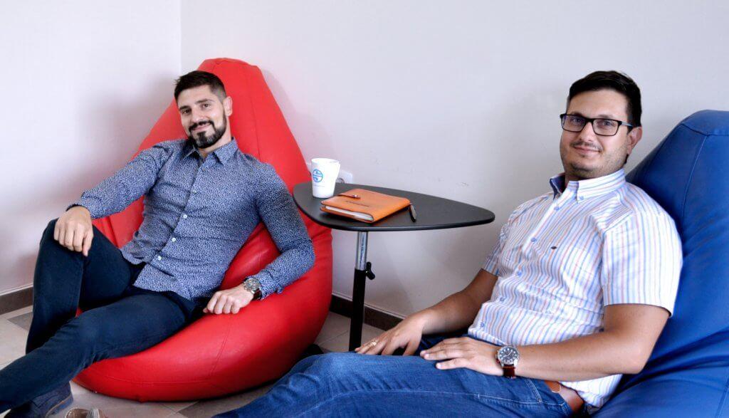 Любомир Атанасов и Петър Дяксов от компанията SEOMAX която помага да оптимизираме сайтовете си за Google