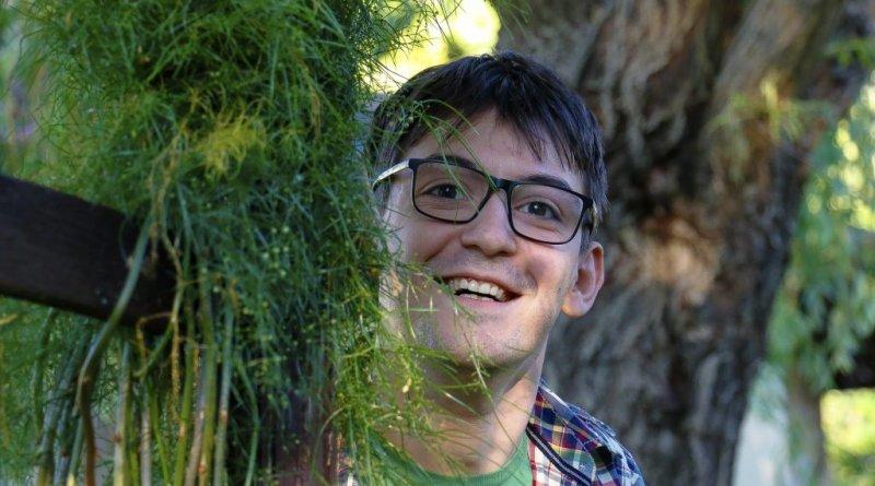 24 годишен възпитаник на търновската Математическа гимназия е в основата на проекта Цвете в епруветка